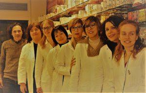 Staff della farmacia Degiacomi del progetto Sos Allattamento